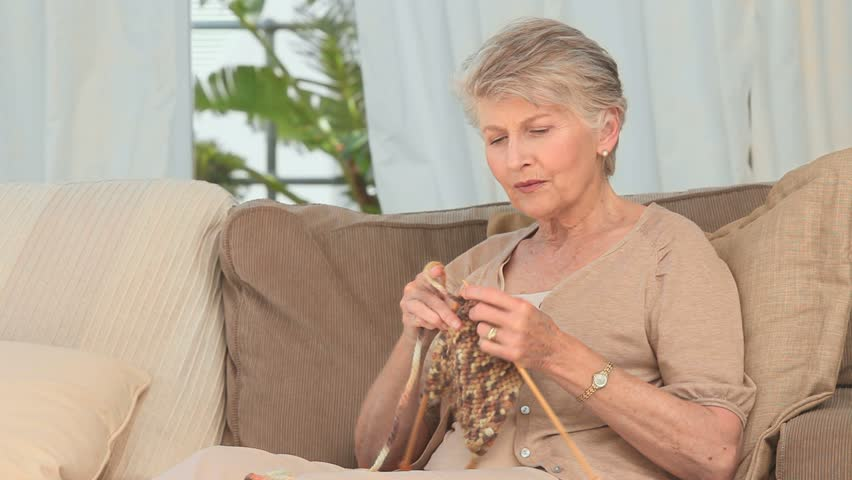 دوران بازنشستگی زنان
